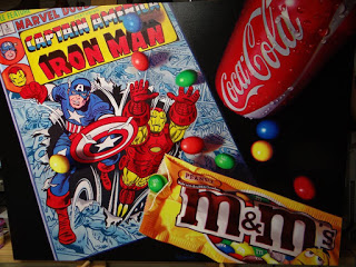 Capitán América, Iron man, Coca-Cola y M&M's